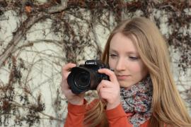 Mädchen_Fotoapparat