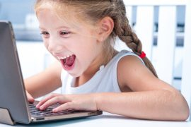Mädchen_Laptop