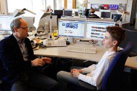 Benedict Bartsch zu Besuch bei der Tagesschau im Gespräch mit Kai Gniffke