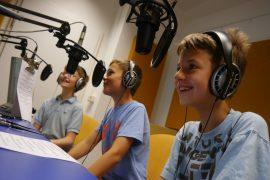 CMT_Radio