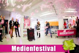 Medienfestival2019_0024_StPeschel_für Eröffnung.JPG
