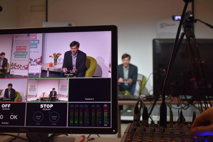 Livestream im Veranstaltungsraum der Reaktanz, Foto: Ole Hansen